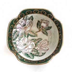 Exquisite Hand Painted Floral Chinese Bowl